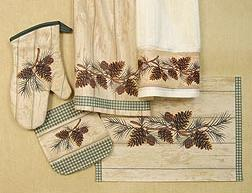Pinecone Lodge Kitchen Decor Textiles Set