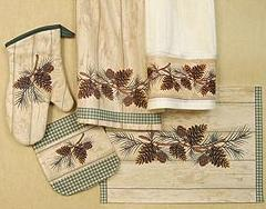 Pinecone Lodge kitchen textiles set